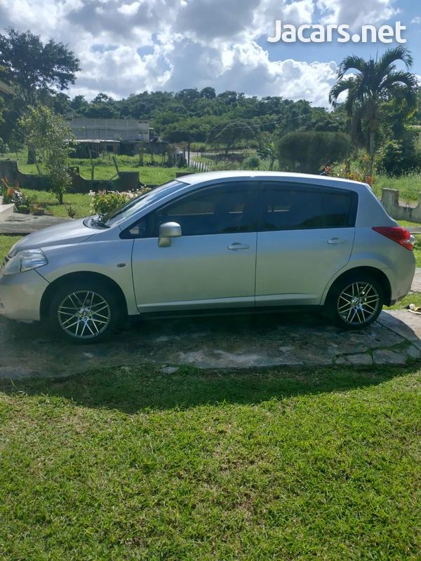 Nissan Tiida 1,5L 2012-10