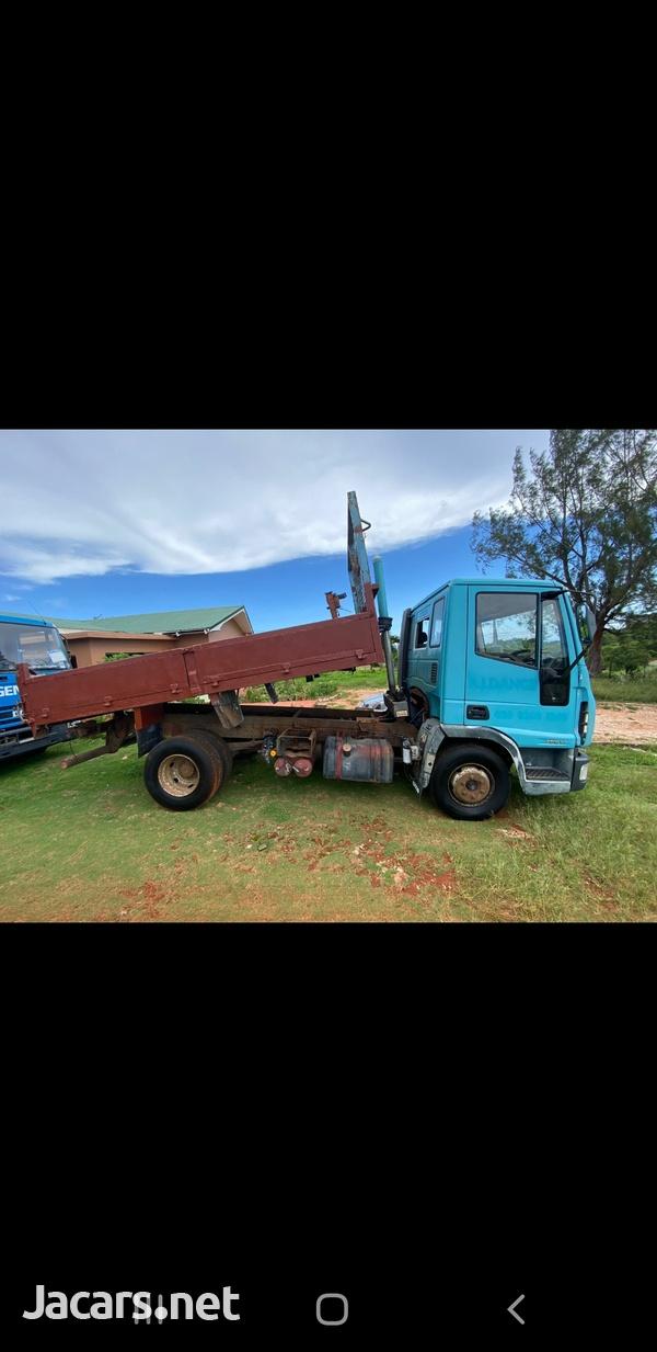 Tipper truck 7.5 tone-8