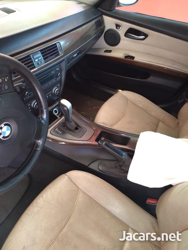 BMW 3-Series 3,0L 2009-4