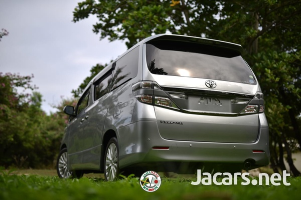Toyota Vellfire 2,0L 2014-9