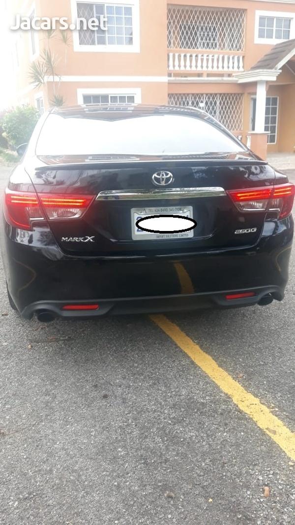 Toyota Mark X 2,5L 2013-5