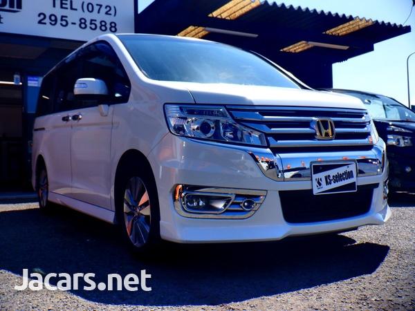 Honda Stepwgn Spada 1,8L 2012-1