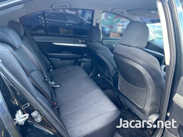 Subaru Legacy 2,5L 2011-7