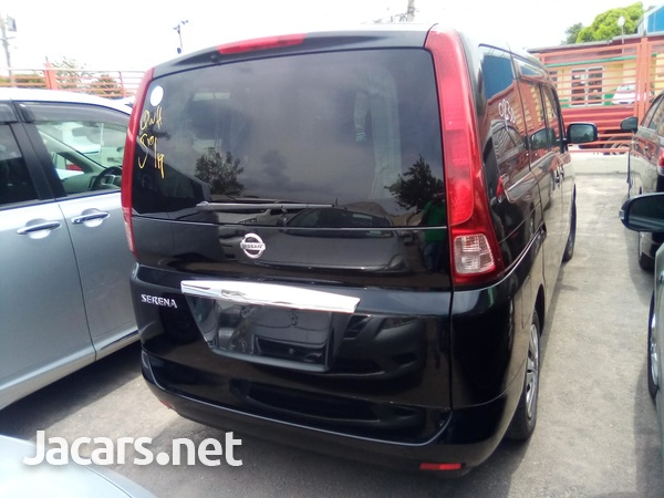 Nissan Serena 1,8L 2010-7