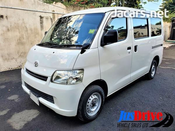 Toyota LiteAce 1,6L 2012-3