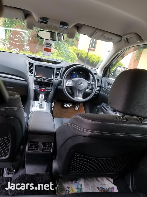 Subaru Legacy 2,5L 2014-7