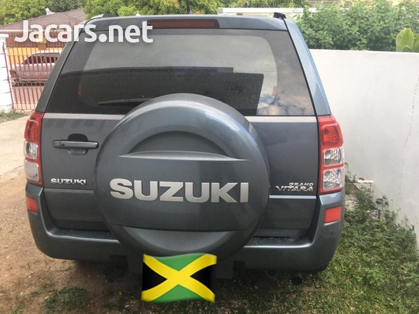 Suzuki Grand Vitara 2,0L 2007-6