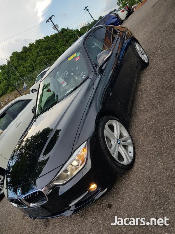 BMW 3-Series 3,0L 2012-3