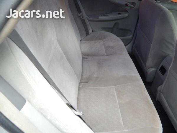 Toyota Corolla XLi 1,5L 2010-6