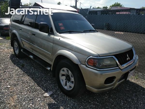 Mitsubishi Montero Sport 3,0L 2002-1