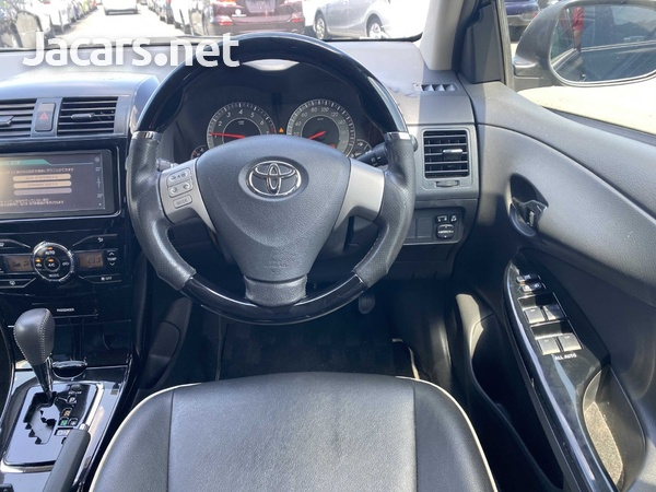 Toyota Fielder 1,8L 2012-4