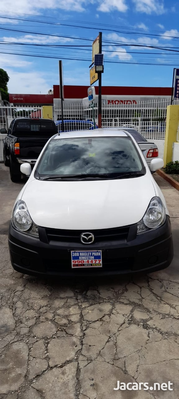 Mazda Familia 1,5L 2012-1