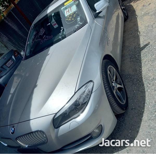 BMW 5-Series 3,5L 2012-3