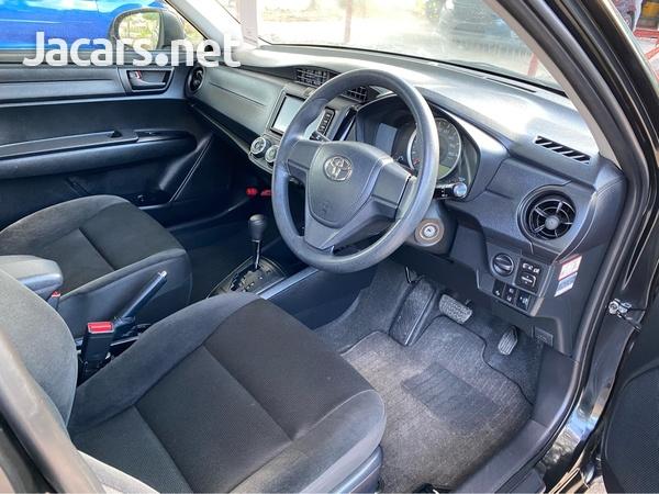 Toyota Axio 1,3L 2017-6