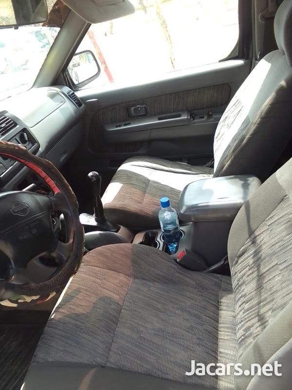 Nissan Frontier 3,0L 1999-6
