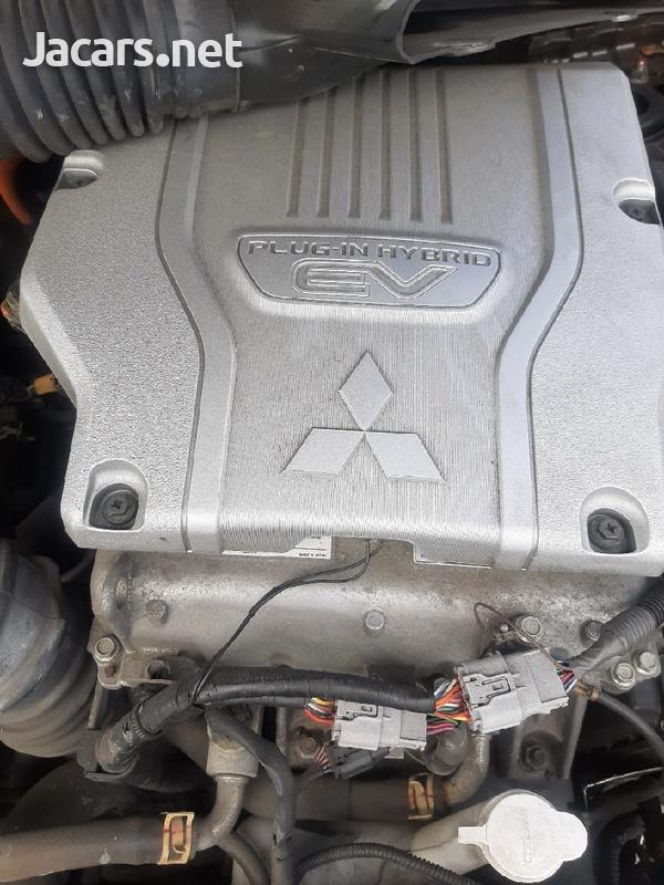 2016 mitsubishi outlander hybrid 2.0 petrol engine-4