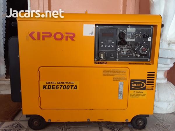 KIPOR GENERATOR -4.5KVA KDE6700TAO 50H 110/220-1