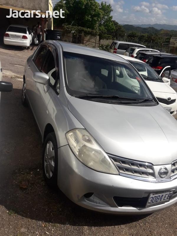 Nissan Tiida 1,8L 2008-7