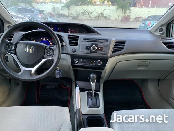 Honda Civic 1,8L 2012-4