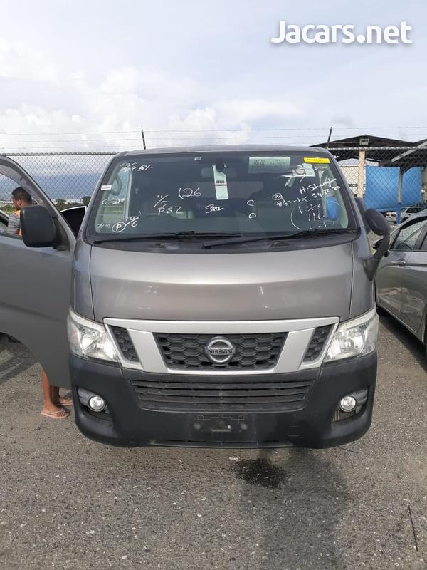 Nissan Caravan Panel Van 2,5L 2013-1