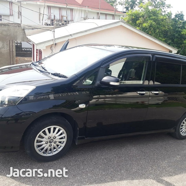 Toyota Isis 1,8L 2011-2