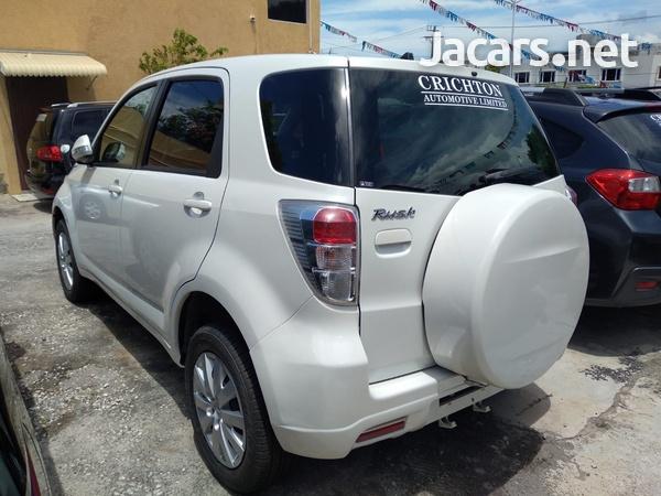 Toyota Rush 1,5L 2015-3