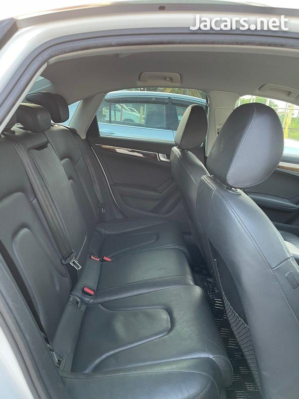 Audi A4 2,0L 2011-7