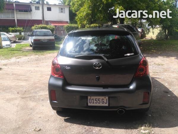 Toyota Vitz 1,5L 2010-2
