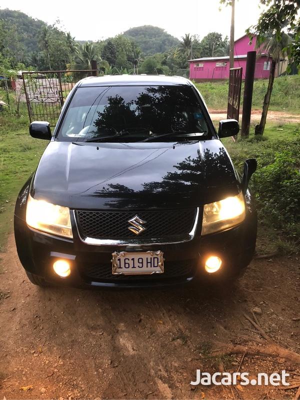 Suzuki Escudo 2,0L 2008-4