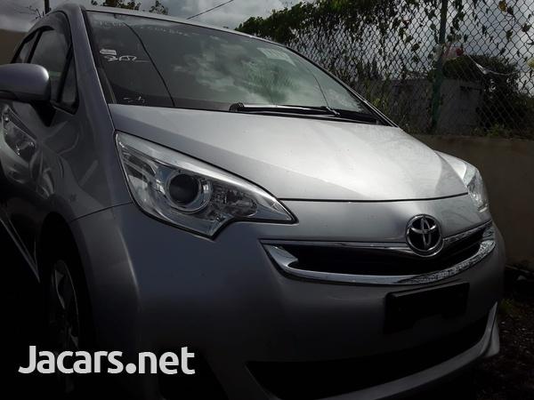 Toyota Ractis 1,5L 2014-1