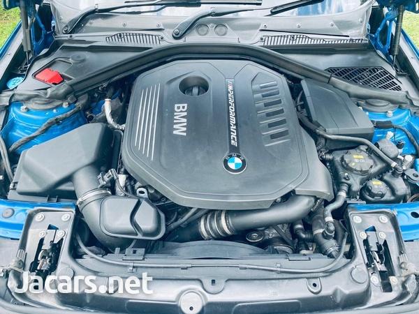 BMW M1 3,0L 2017-6