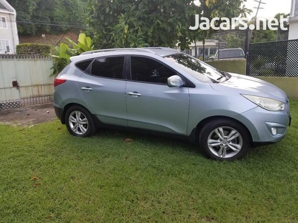Hyundai Tucson 2,0L 2013-6