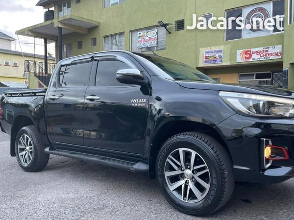 Toyota Hilux 2,8L 2017-8