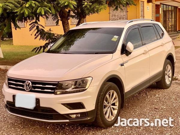 Volkswagen Tiguan 2,0L 2020-4