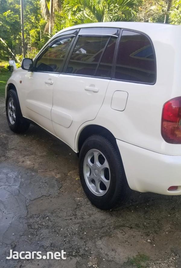 Toyota RAV4 2,0L 2001-5