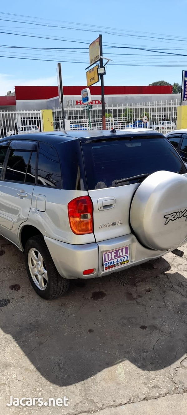 Toyota RAV4 2,0L 2003-8