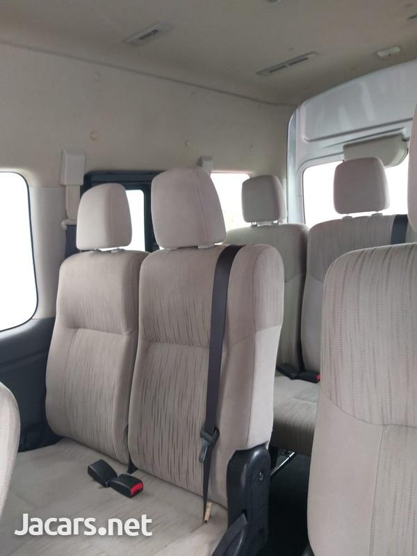 Nissan Caravan 2,0L 2014-5