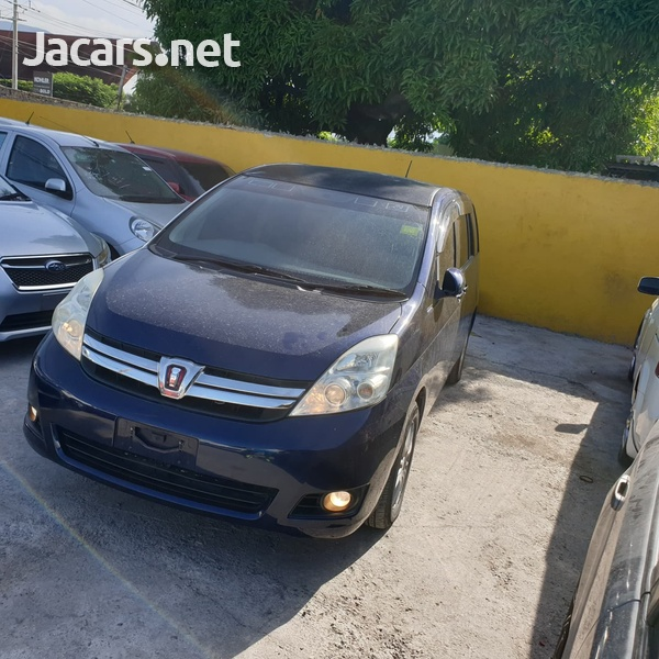 Toyota Isis 1,8L 2013-6