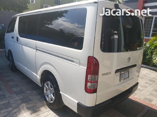 Toyota Hiace Bus 2,2L 2017-5