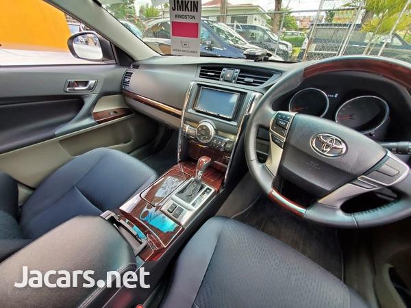 Toyota Mark X 2,4L 2012-2