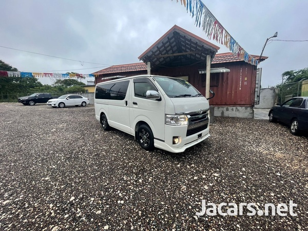Toyota Hiace 2,5L 2015-6