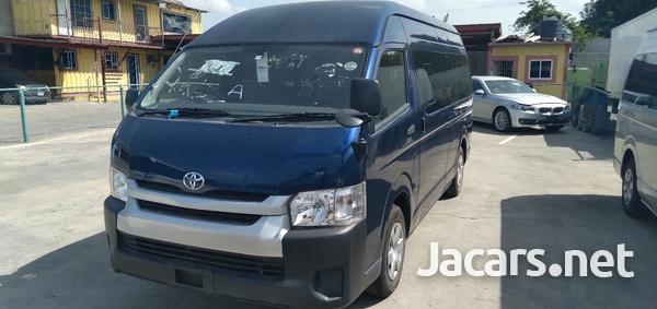 Toyota Hiace 2,4L 2014-4