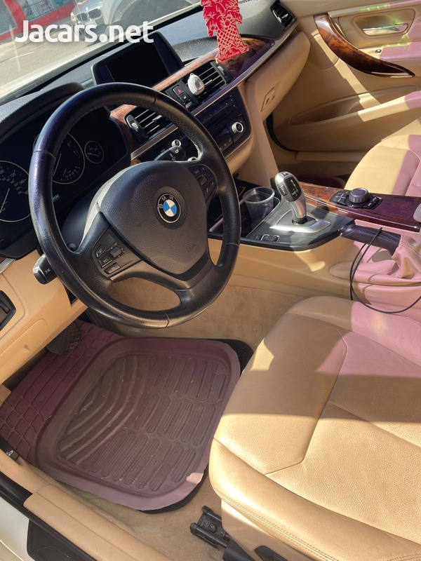 BMW i8 2,0L 2014-5