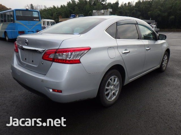 Nissan Sylphy 1,5L 2013-11