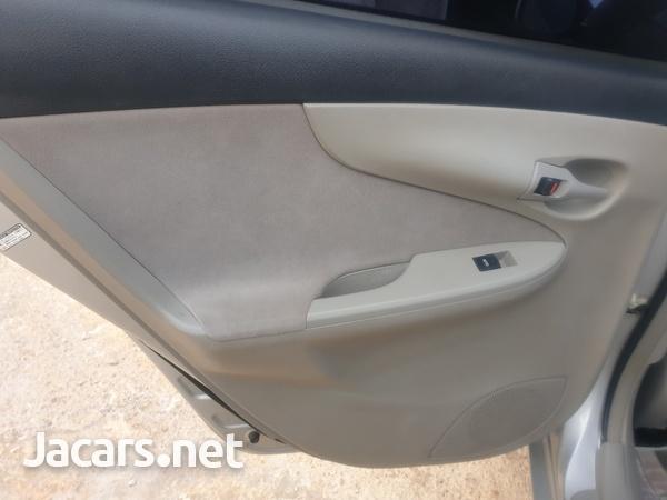 Toyota Axio 1,8L 2012-8