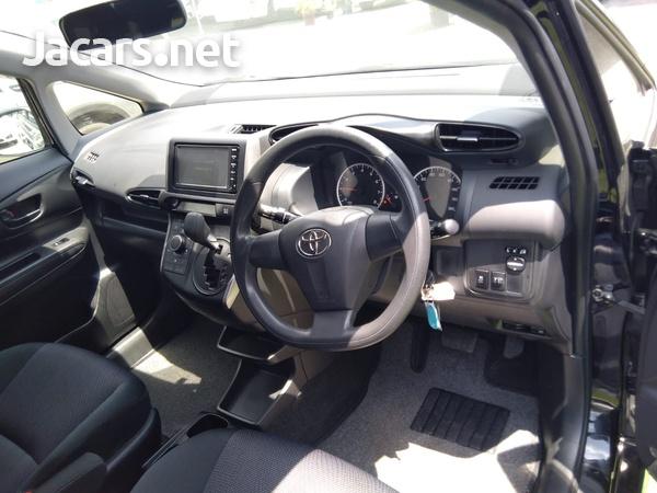 Toyota Wish 1,8L 2016-3