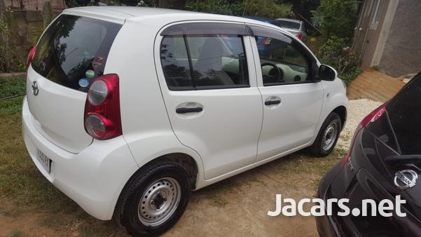 Toyota Passo 0,9L 2013-5