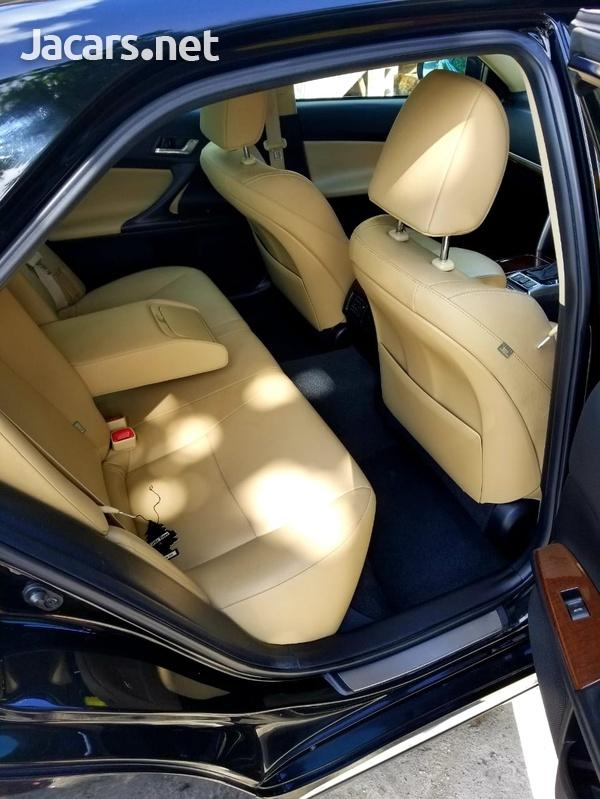 Toyota Mark X 2,5L 2013-6