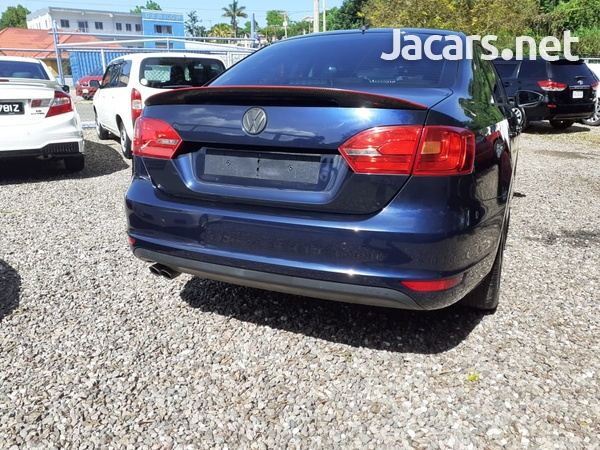 Volkswagen Jetta 2,0L 2014-10