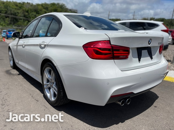 BMW 3-Series 2,0L 2017-12